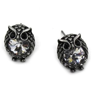 Black mini cute owl crystal earrings